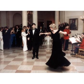 Вечернее платье принцессы Дианы , Знаменитые second hand Европы