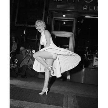 Платье Мэрилин Монро , Знаменитые second hand Европы